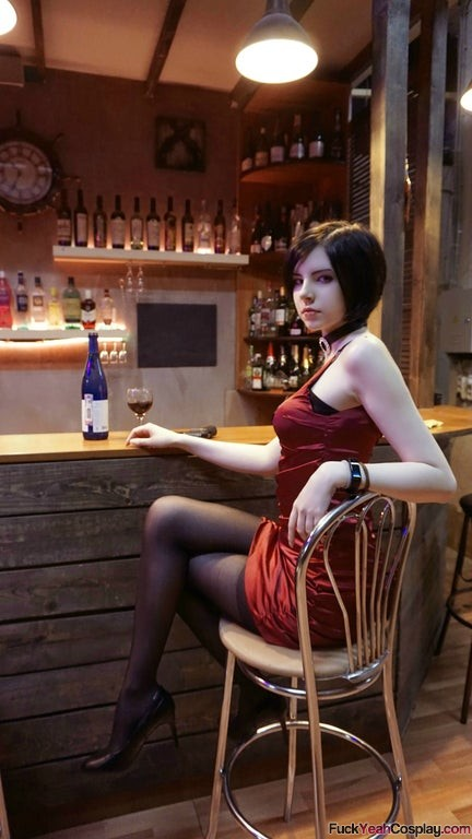 Ada-Wong-cosplay-by-maryydixon
