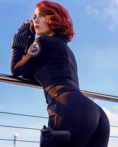 Black-Widow-Cosplay-By-Helen-Stifler