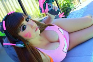 D.Va Overwatch Cosplay by Neradina