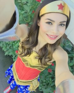 Miranda-Cosgrove-as-wonder-woman