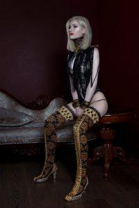 The-Bride-of-Dracula-by-LanaTemirova