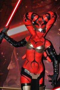 darth-talon-female-sith-starwars-cosplay