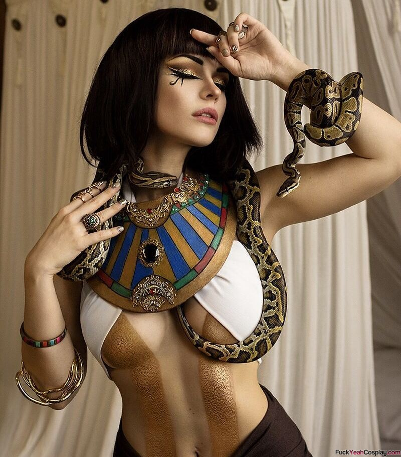 sexy-cleopatra-cosplay   FuckYeahCosplay